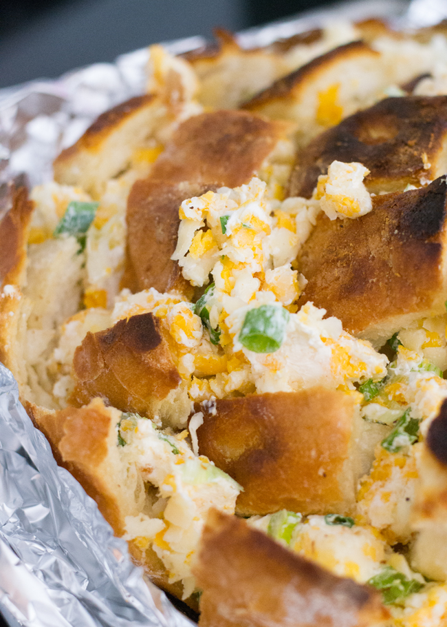 Pair this cheese bread side dish to any comforting meal for a change up on a dinner roll. #cheesebread #cheesebreadrecipe