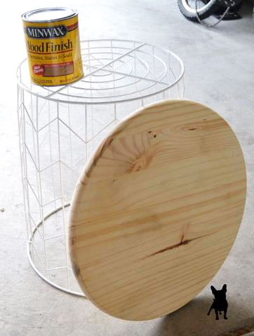 side table supplies