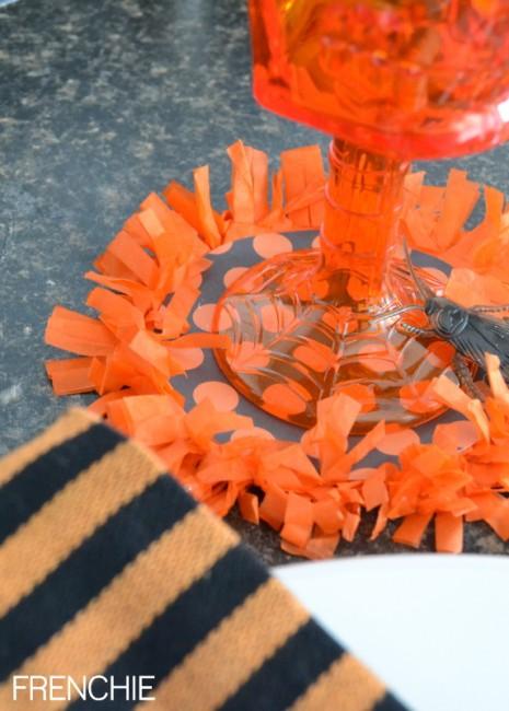 DIY Halloween Coasters on seelindsay.com