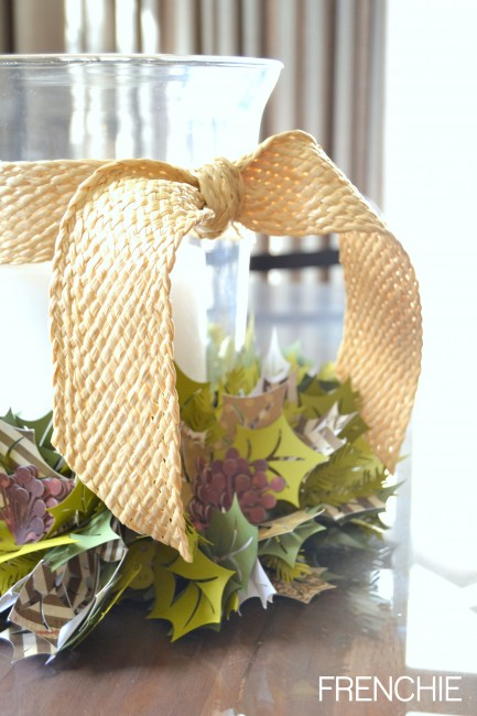 Do It Yourself with your #cricut #explore and make a festive Holly Berry Wreath for the Winter Holiday on seelindsay.com! #christmas #holiday #december #wreath
