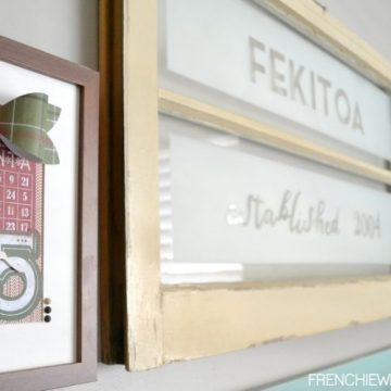 Create a personalized vintage window with some stencil masks and spray paint on seelindsay.com   #diy