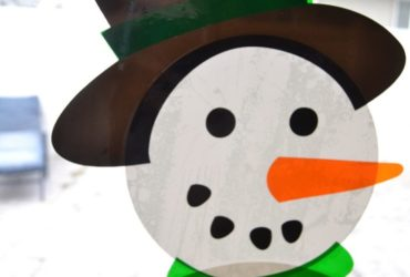 Build your own Snowman with Window Cling