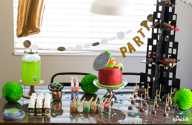tmnt party tablescape