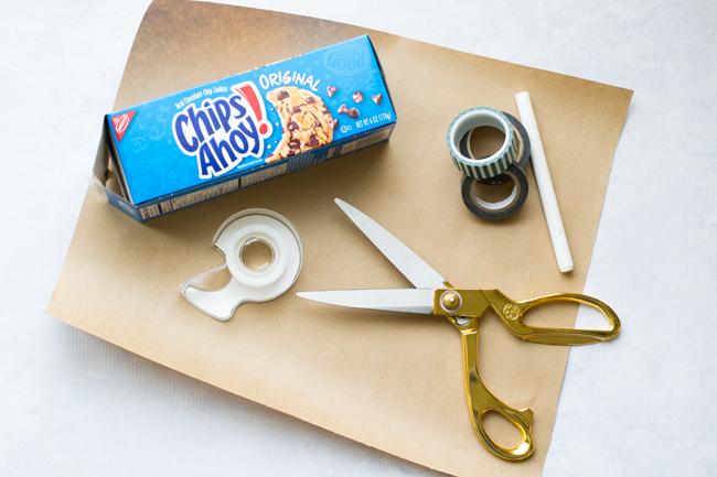 Easy Gingerbread House DIY