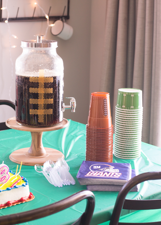 Create a simple football party for kids and adults alike. Perfect for a Superbowl Party