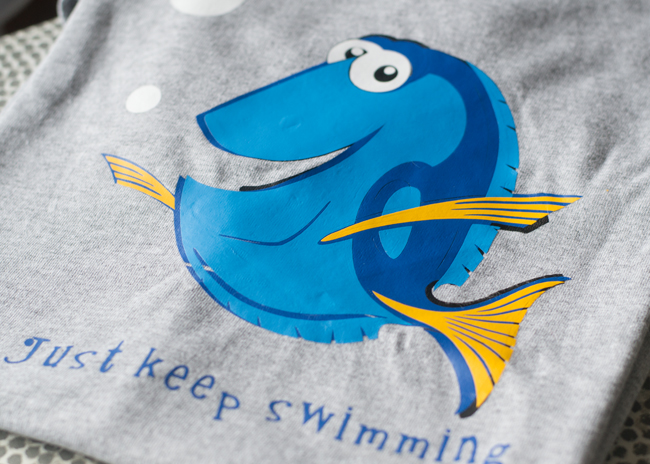 "Make a 'Finding Dory"" shirt and learn how to apply iron-on vinyl"