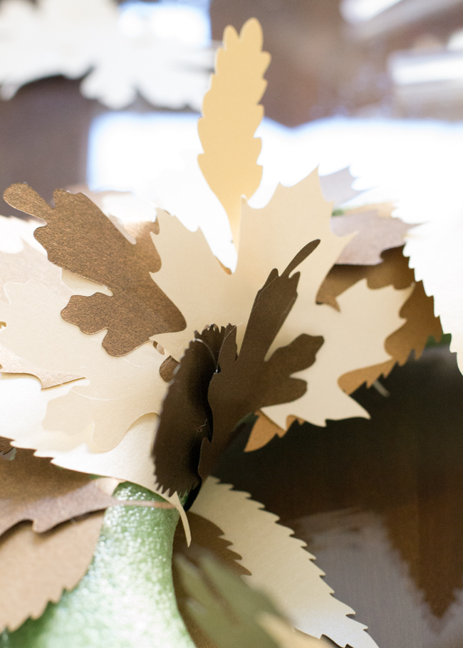 Create a DIY Fall leaf wreath using paper and you Cricut