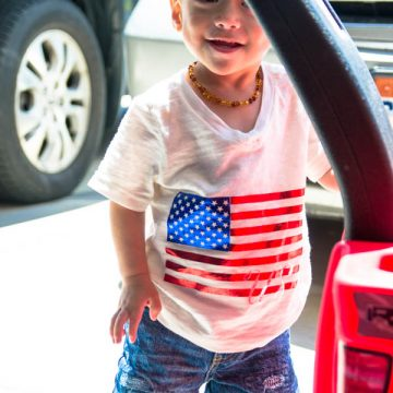Create your own Patriotic T-Shirt using your Cricut Explore Air 2 and Foil Iron-On