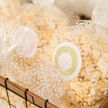 Create your own labels with Cricut and use them for parties all the way to planners