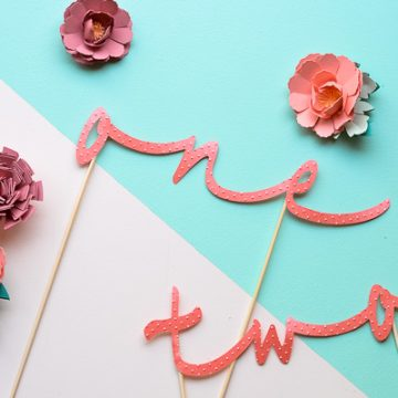 Make your own wedding table numbers using your Cricut Explore and your Cuttlebug