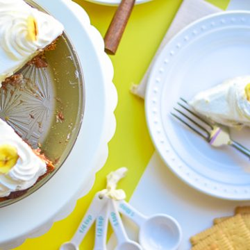 Make this delicious Banana Cream Pie recipe with ingredients from World Market #ad #WorldMarketTribe #HolidayGetaway