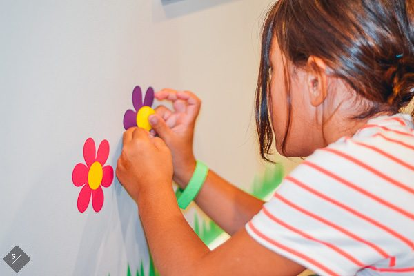 Make an Indoor Vinyl Flower Garden for your Playroom
