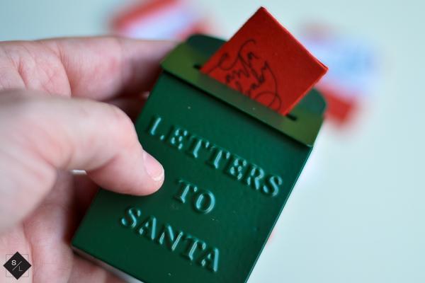 Mini Santa Letters with your Cricut Maker