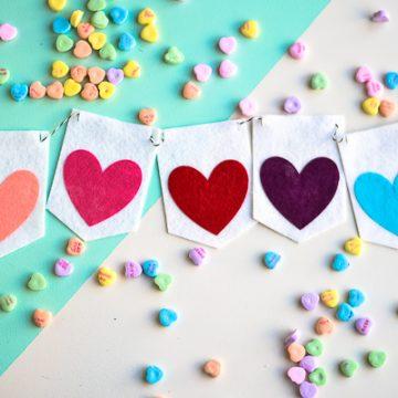 DIY Felt Valentine Banner using your Cricut Maker. So easy.