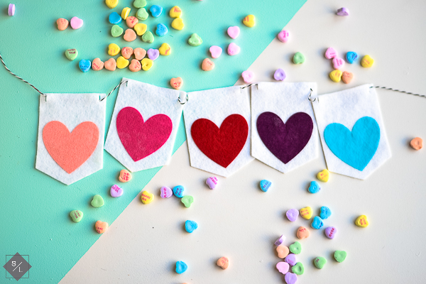 DIY Felt Valentine Banner with free template