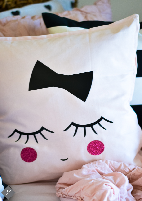 cute pillows to make for a girls room