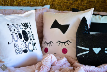DIY Valentine Pillows using the cutest FREE SVG Files