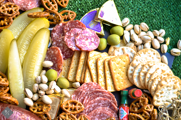 easy charcuterie board for appetizers