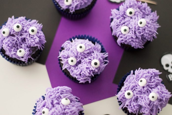 Kid-Friendly Monster Cupcakes for Halloween