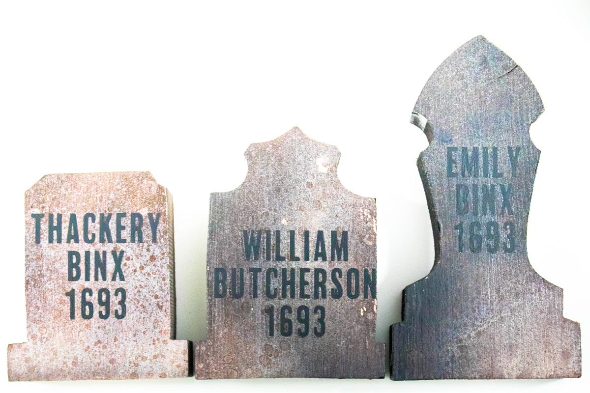 vinyl names on wood
