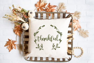 FREE Thanksgiving SVG File and Pillow Idea