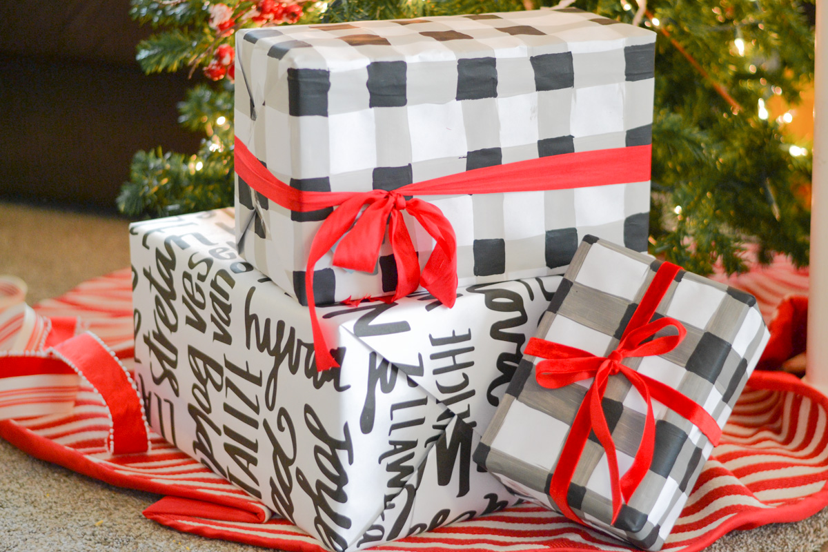 Buffalo Plaid DIY Wrapping Paper with Deco Art Craft Paint