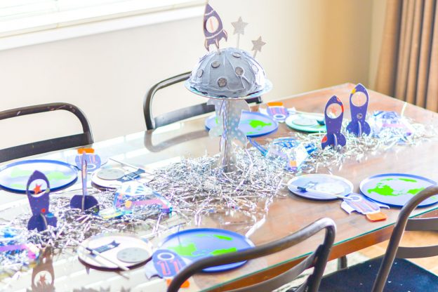 outer space party table