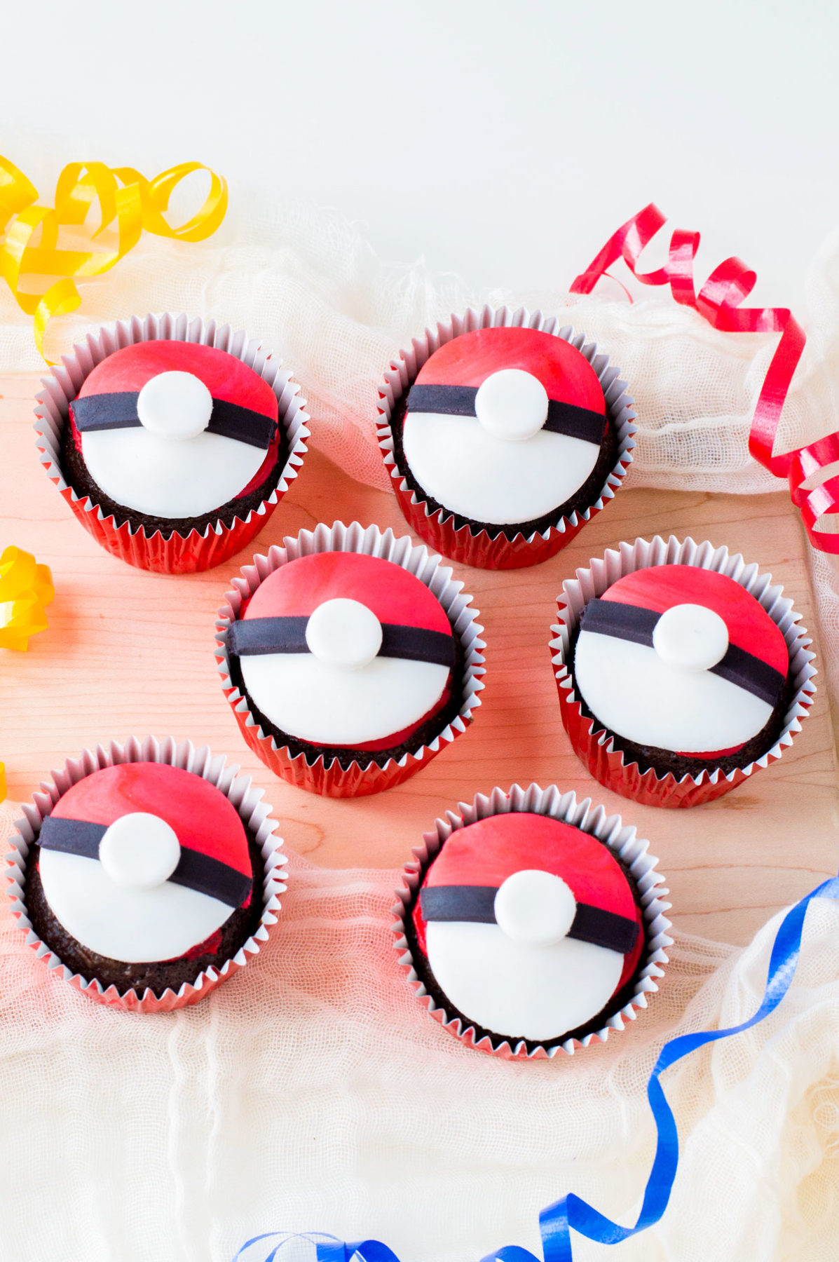 easy to make Pokemon cupcakes