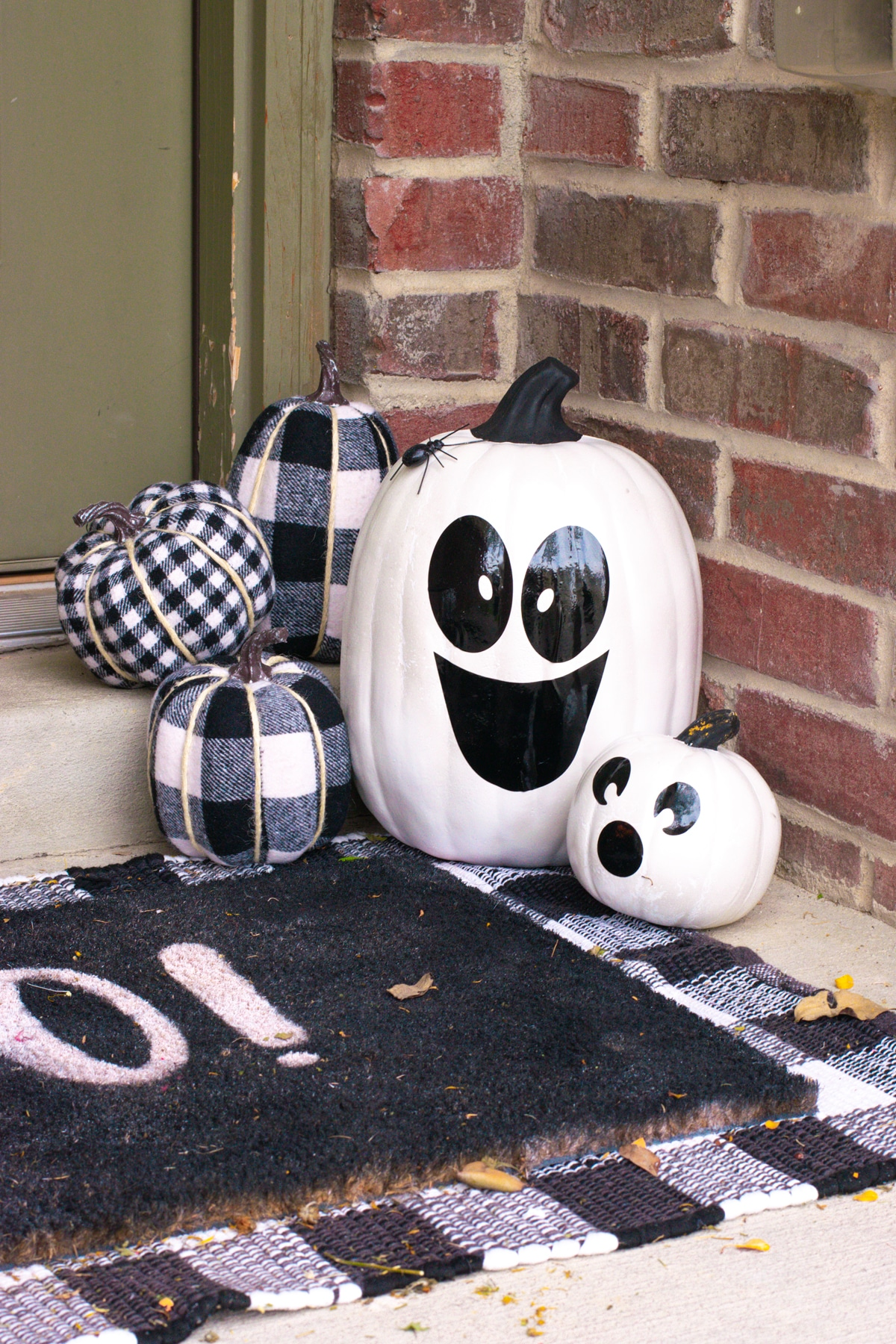 painting craft pumpkins