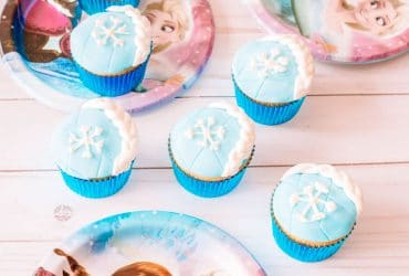 Frozen Cupcakes – Inspired by Elsa's Hair