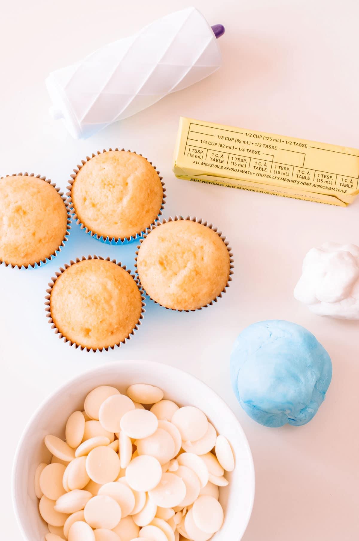 elsa cupcake supplies