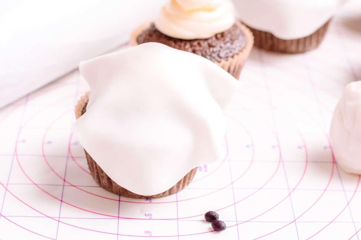 fondant on a cupcake
