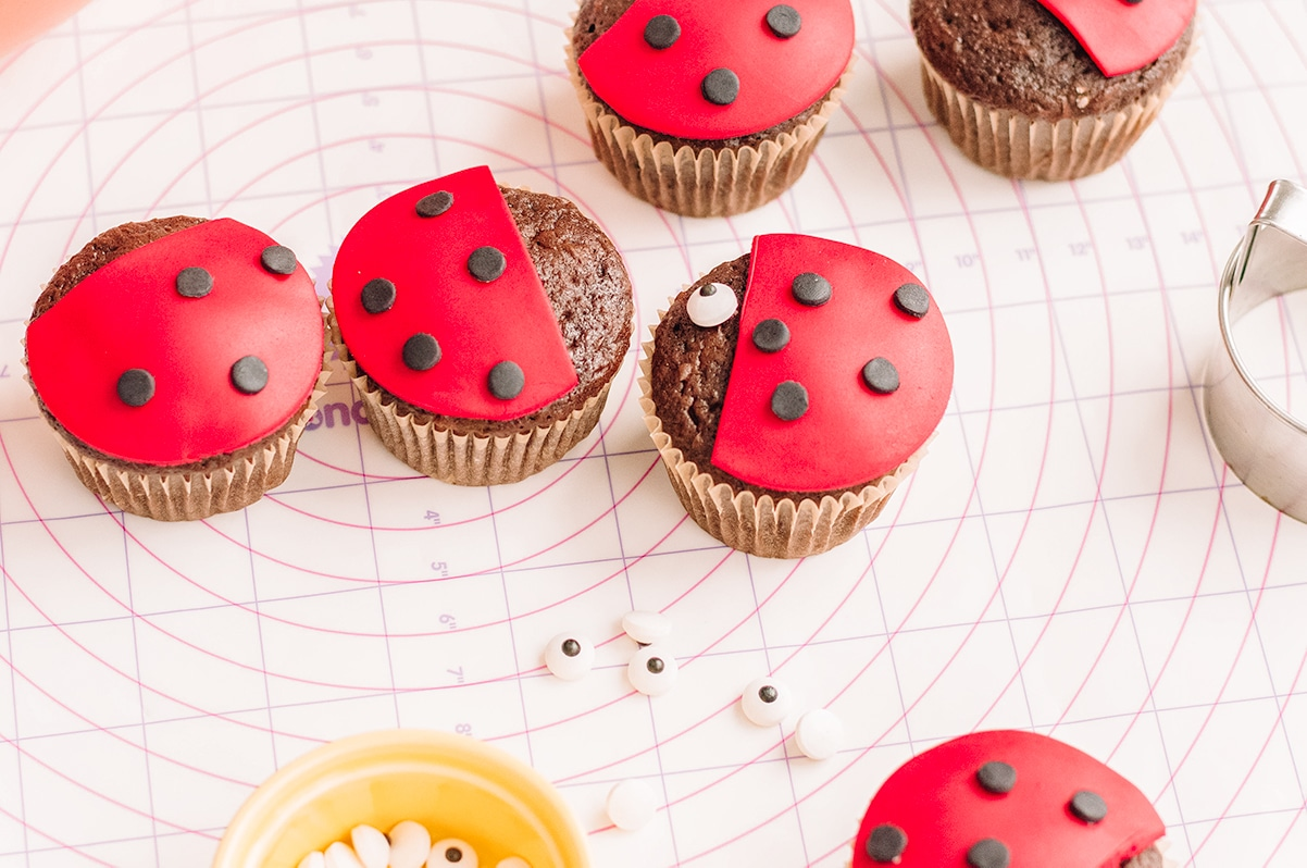 candy eyes on ladybug cupcakes