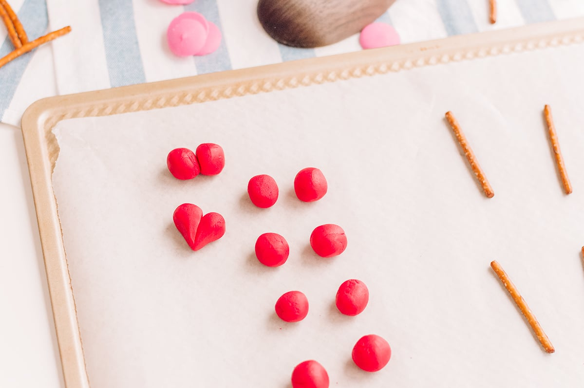 fondant hearts for cupcakes