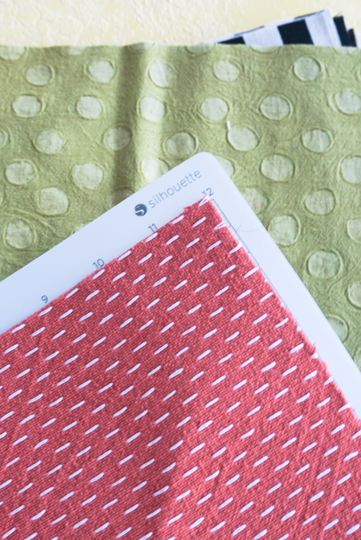 fabric on silhouette cameo mat